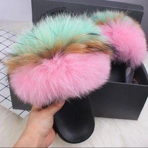 Pink mint fur slide